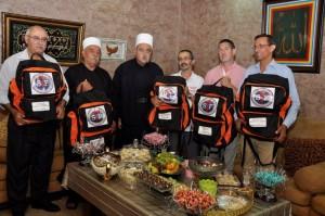 Remise des kits au Sheikh Mowafak Tarif, Juillet 2015