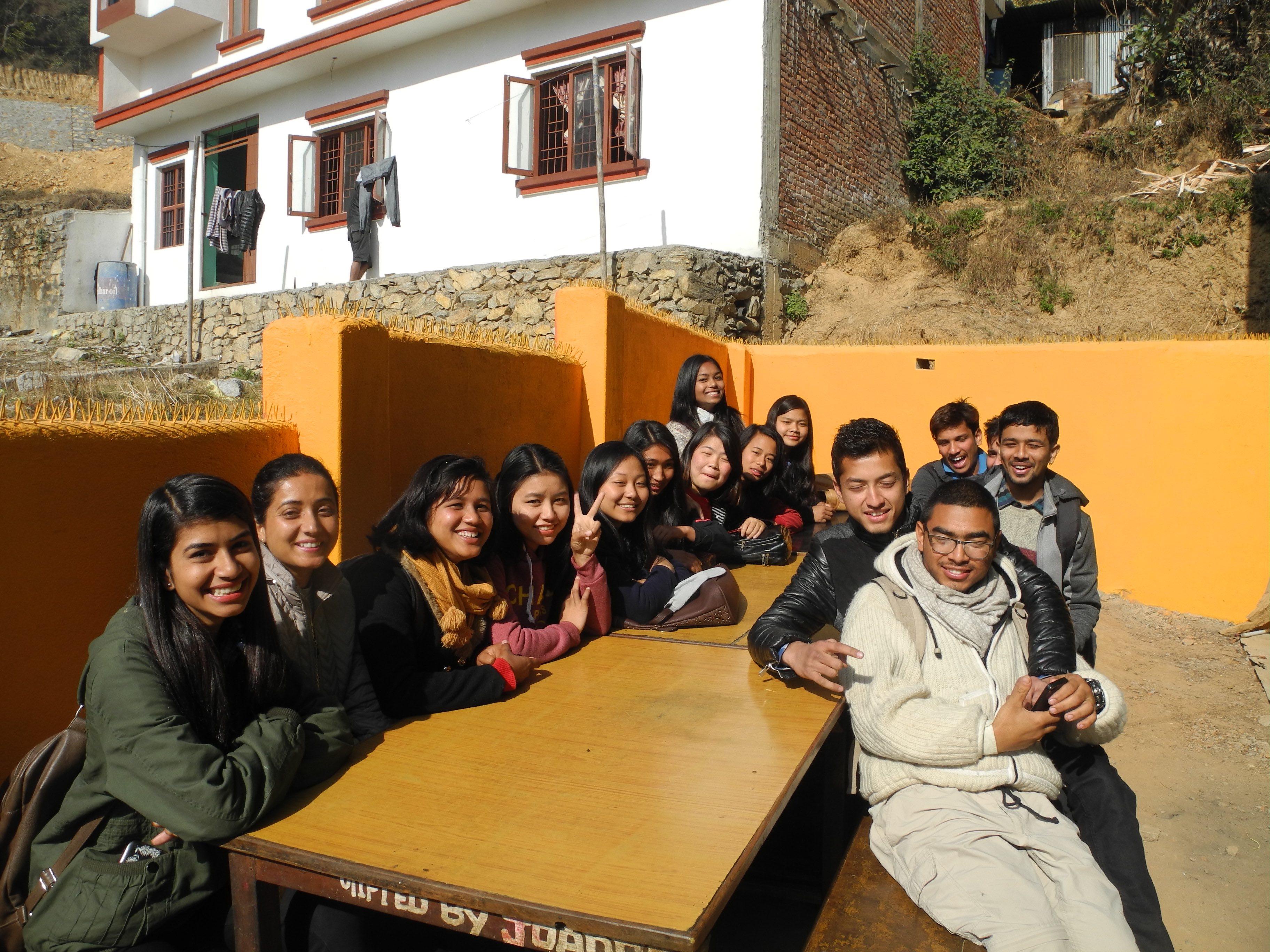 Formation aux gestes de premiers secours au Népal