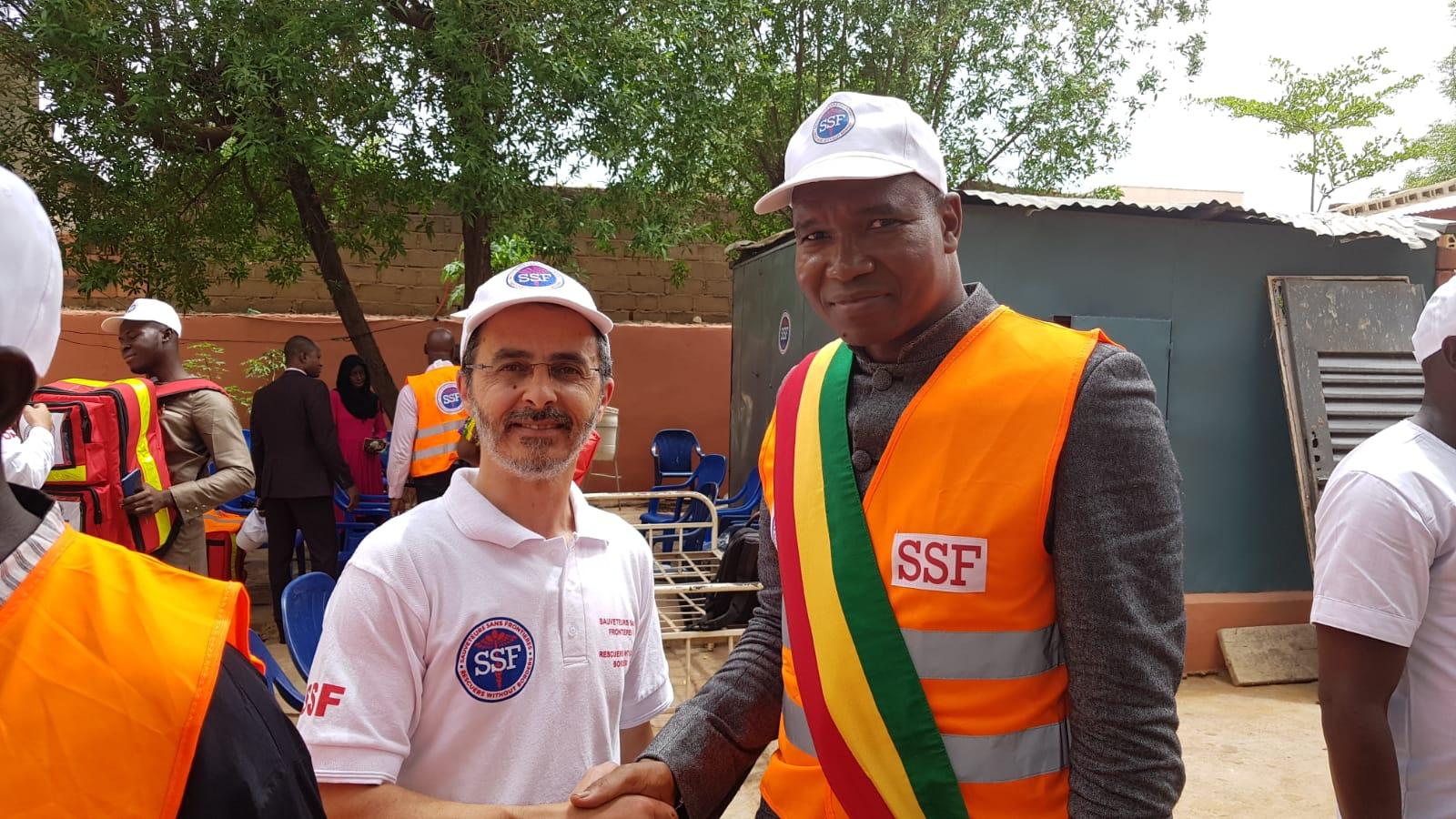 Remise de kits de secours aux médecins maliens, Juin 2018